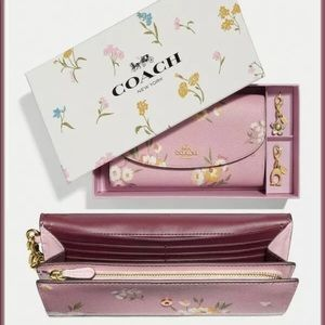 NWT TOSSED DAISY boxed envelope wallet + charms
